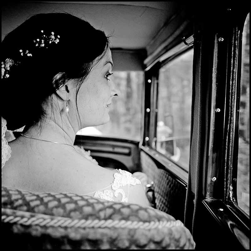 brud i Bryllupsbil